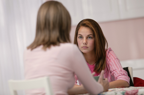 El rol de los padres en la adolescencia y la importancia de los amigos