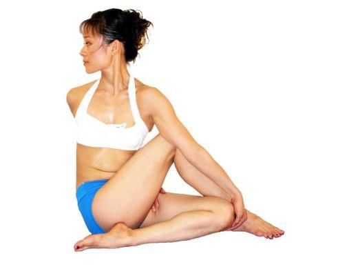postura de yoga para la espalda