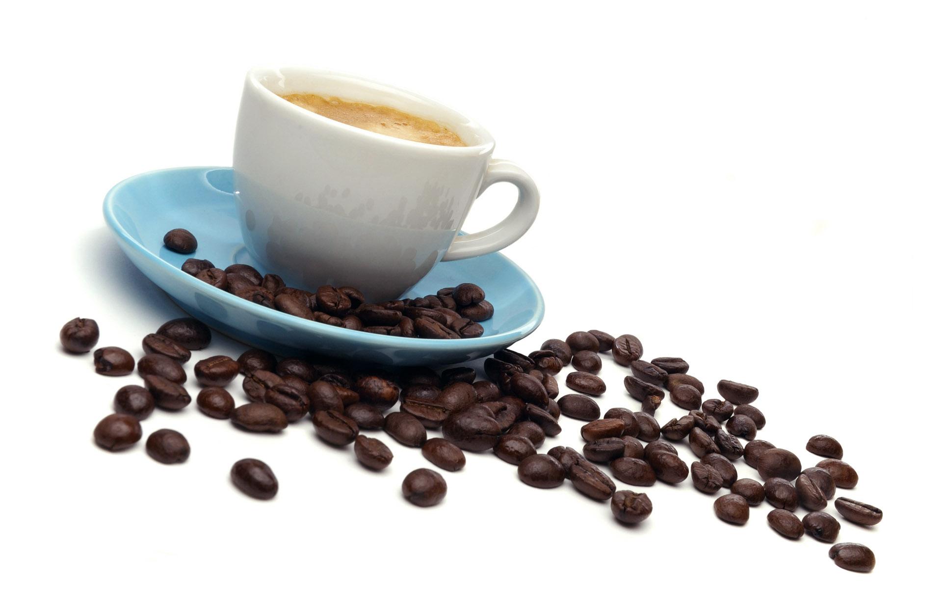 Cómo sacar las manchas de té y café de las tazas