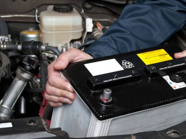 como recargar bateria de auto