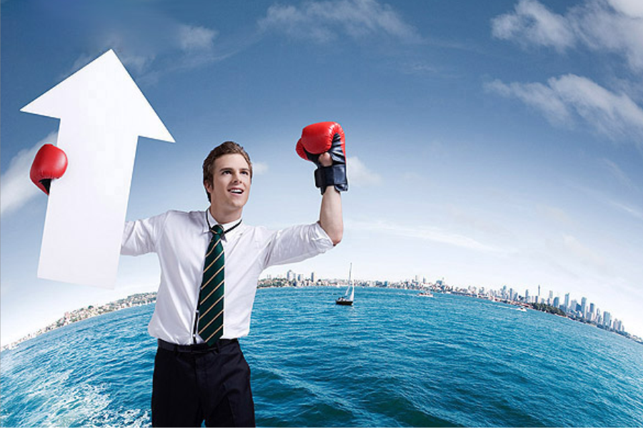 Cómo desarrollar una imagen correcta de negocios. David y Goliat luchando por el marketing