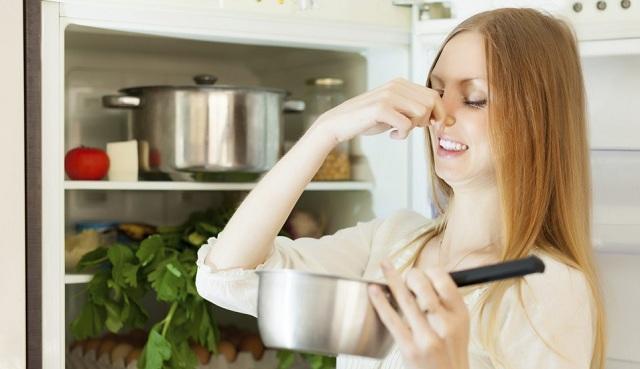 Cinco secretos naturales para desaparecer los malos olores en una habitación