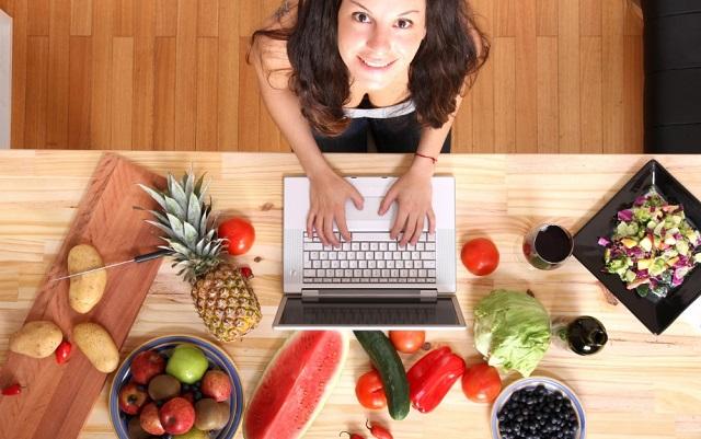 7 comidas rápidas para estudiantes universitarios en crisis