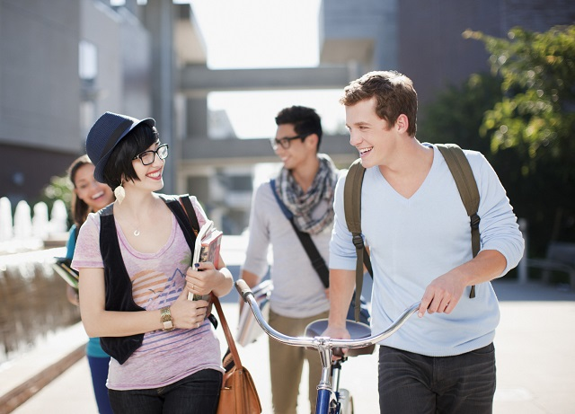como-vestirse-universidad-estudiar-online