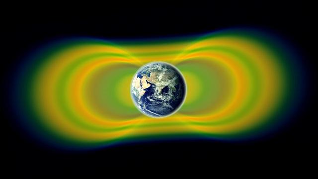 Los anillos Van Allen son radioactivos, perjudicial para humanos y artefactos electrónicos.