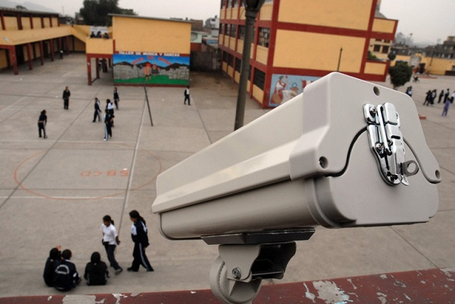 Se debe recurrir a los programas de video y vigilancia para reforzar la seguridad escolar