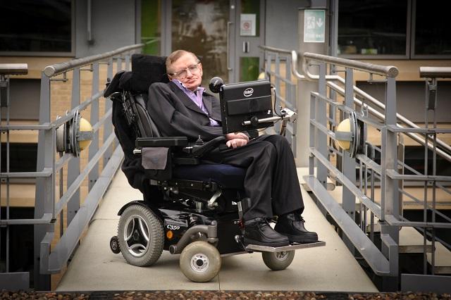 Cinco consejos de Stephen Hawking para estudiantes universitarios