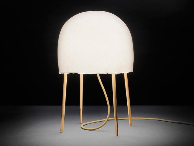 diseñar esta lámpara de mesa