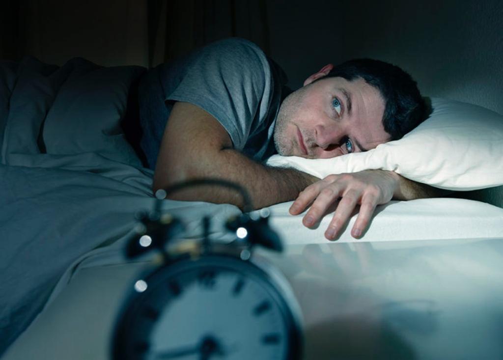 #4 Apaga tus dispositivos móviles por la noche