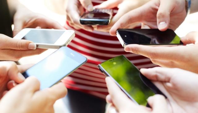 adiccion smartphone telefono celular dependencia