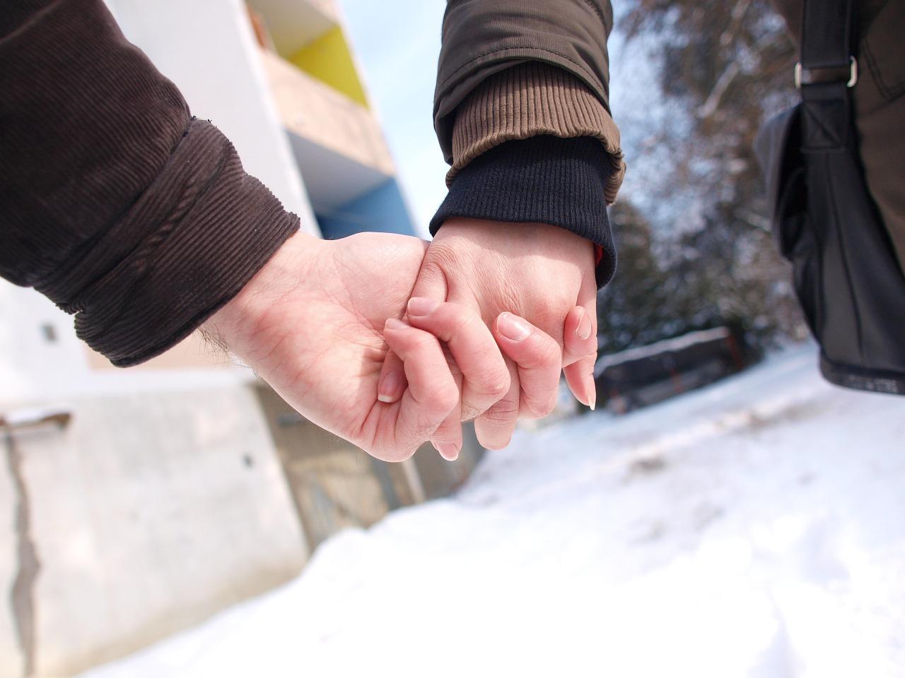 Cómo superar los celos en una relación a distancia