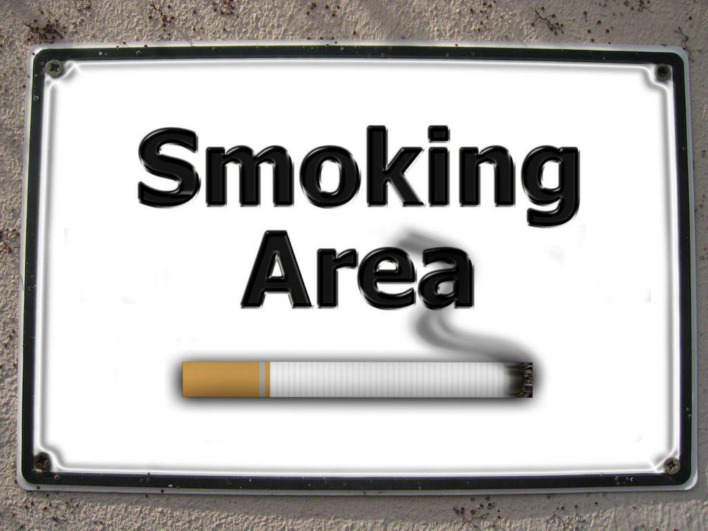 #3. Escapa de los fumadores