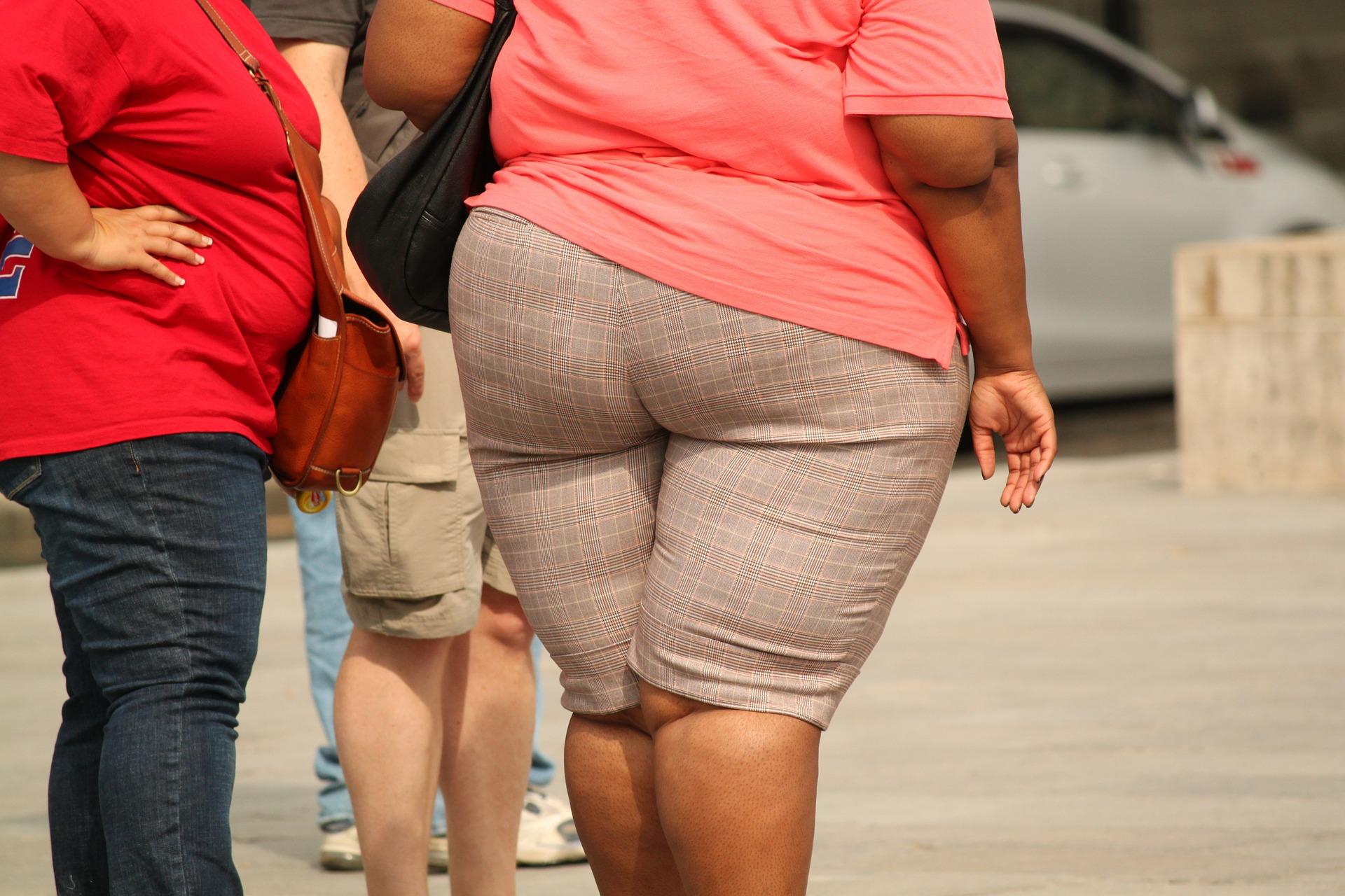 Señales que podrían estar indicando que necesitas bajar de peso