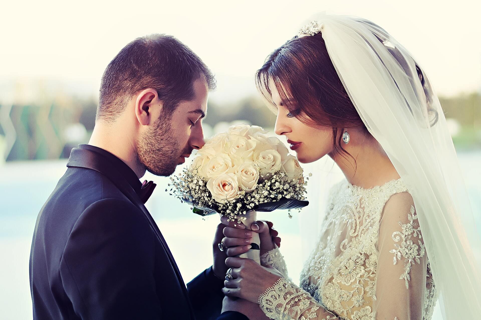 Cinco cosas que podrían traerte mala suerte durante tu boda (1)