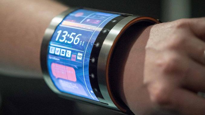 Celulares flexibles, con cámara térmica y más resistentes