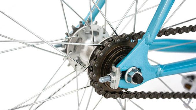Cómo hacer el mantenimiento de rutina de una bicicleta
