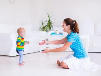 No enseñarle al bebé a caminar
