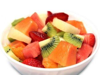 Beneficios de comer ensalada de frutas